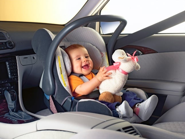 Як перевозити дітей в авто - Фото №12