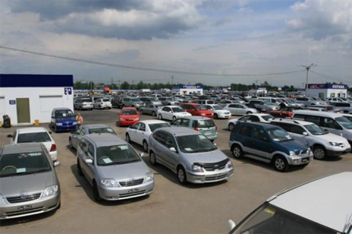 Стоит ли продавать авто на базаре