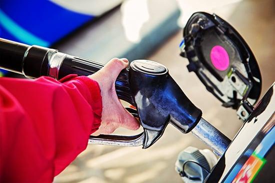 Что делать, если на заправке залили бензин вместо дизеля? - Фото №12